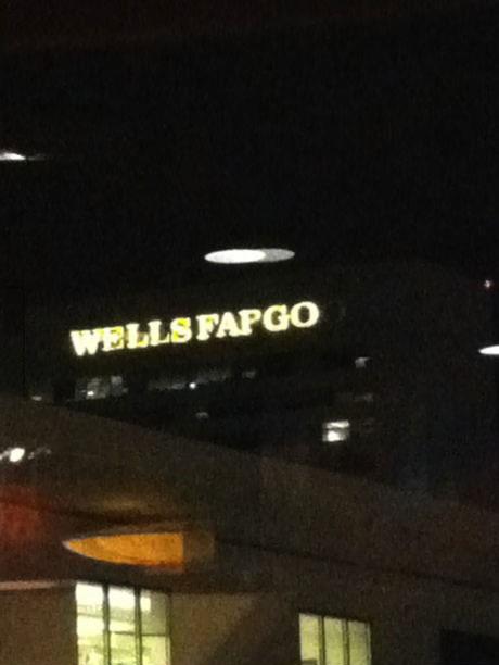 wellsfargo, sign, fail, light, fap