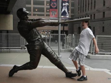 statue, hacked irl, bat, baseball, lol