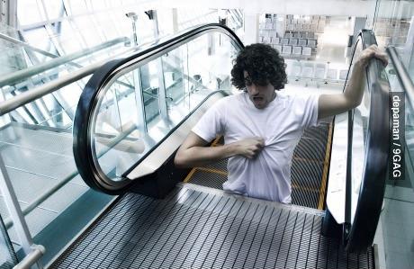 escalator, stuck, photoshop