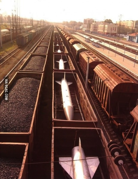 train, missiles, russia