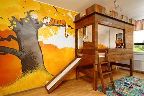 child bedroom, win, wall painting, bed