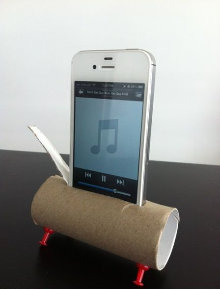 ipod, toilet paper roll, cardboard, pins, lol, sketchy, hipster