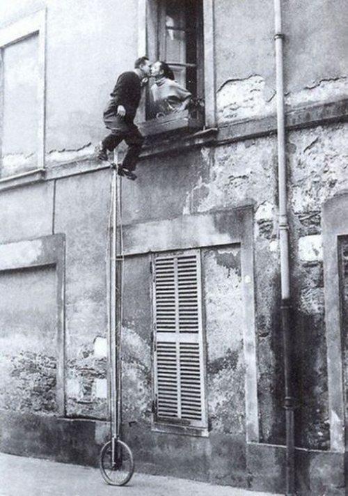 kiss, window, unicycle, tall, wtf