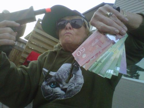 picture, wtf, money, play gun, canada, cat sweater, sun glasses