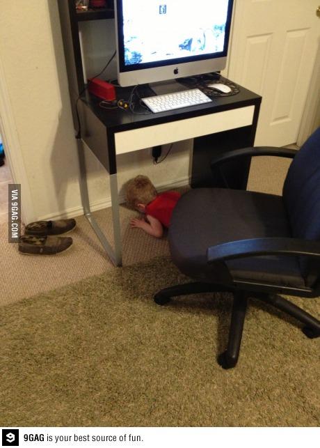 hide and seek, game, kid, fail