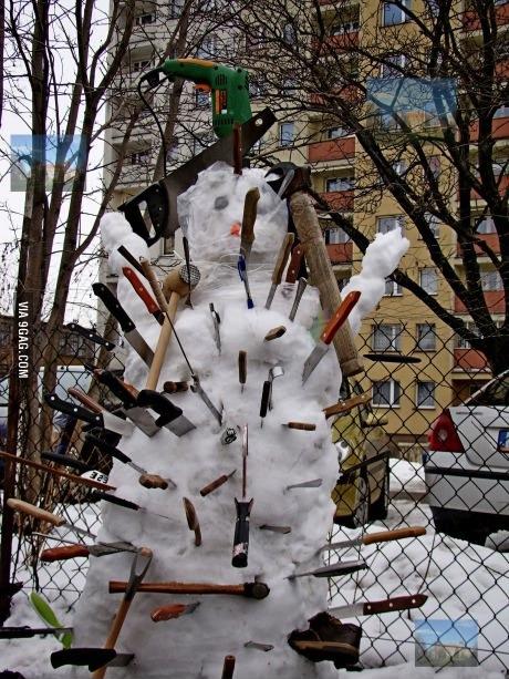 snowman, knife, wtf