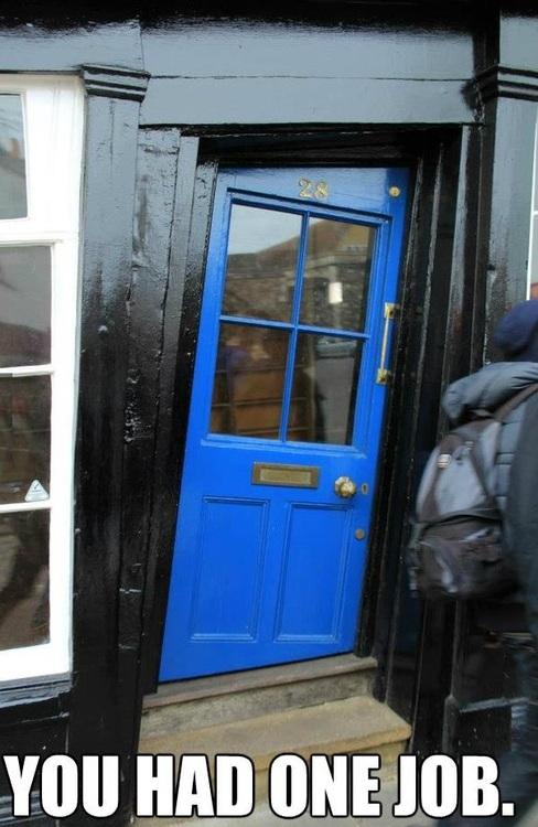 door, crooked, wtf, fail