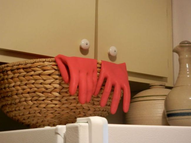 gloves, cupboard, kitchen, zoidberg