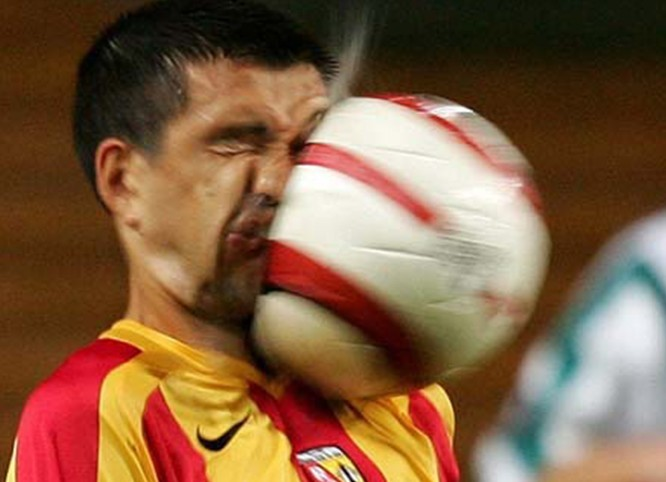 soccer ball, face, hit, timing, ouch
