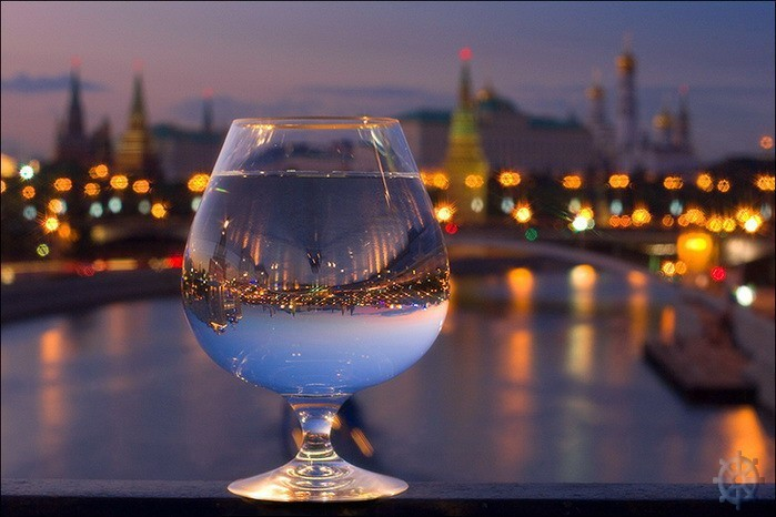 city, skyline, water, wine glass, difraction
