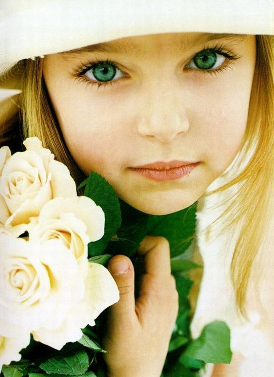 beautiful little green eyed girl, photography