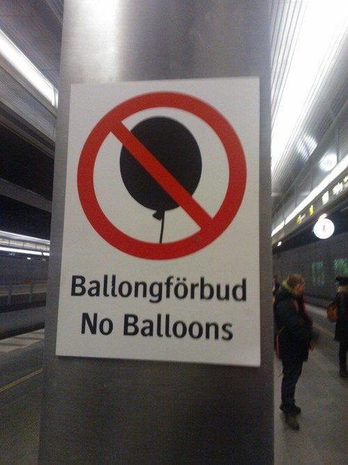 sign, no balloons, wtf