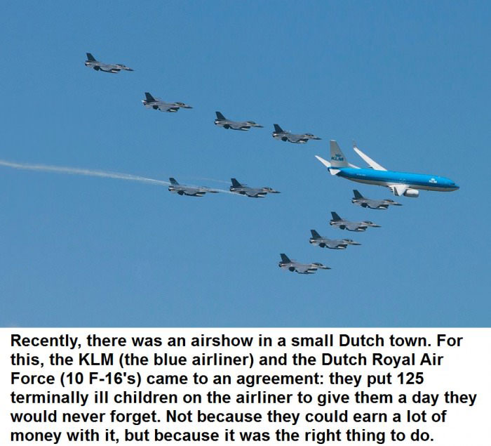 air show, faith in humanity restored, jet, airliner, airplane, story