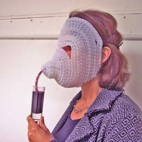 straw mask, wtf