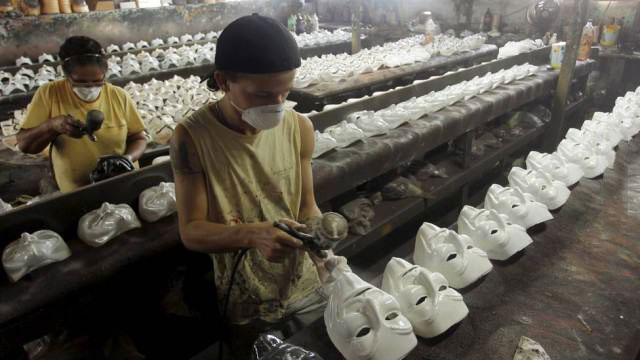 mask, anti-capitalism, mass production
