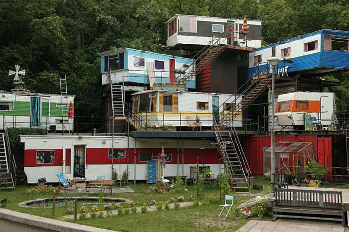 mobile home, multi level, wtf, 3 stories, construction