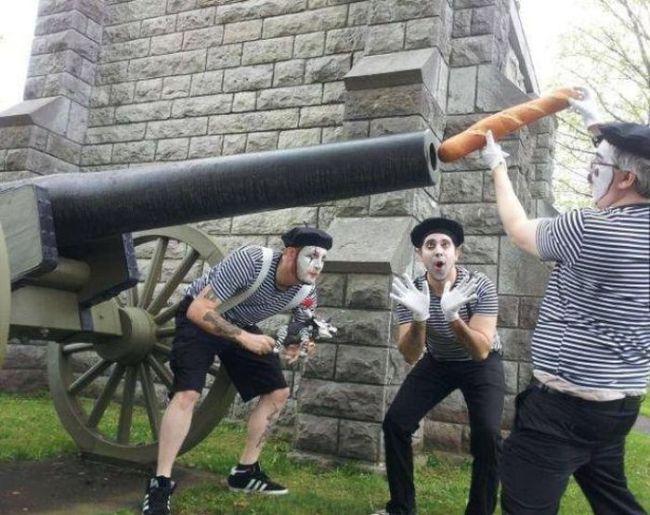 canon, clowns, bread, wtf