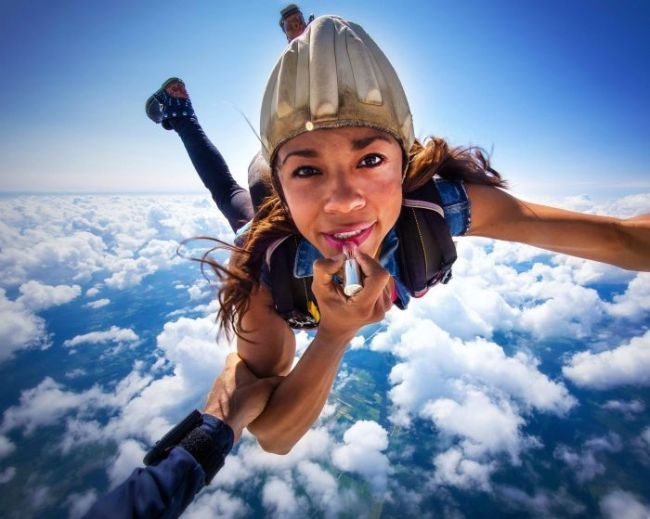 make up, sky diving, lip stick application, wtf