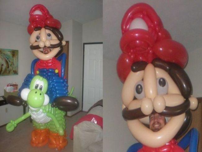 mario, yoshi, ballon sculpture