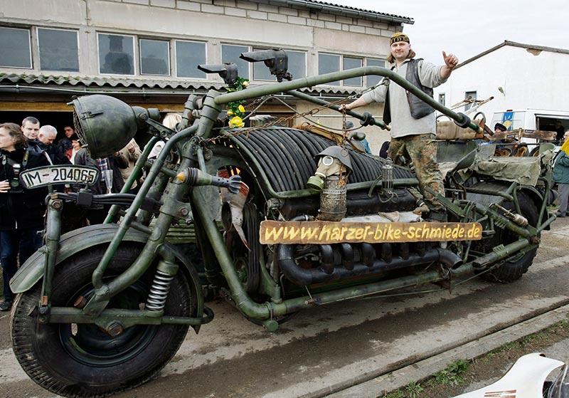 motorcycle, giant, huge, wtf