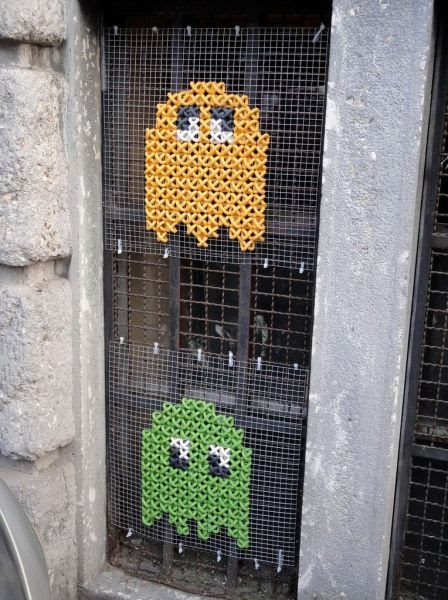 pacman, knitting, window grate, ghosts, yellow, green