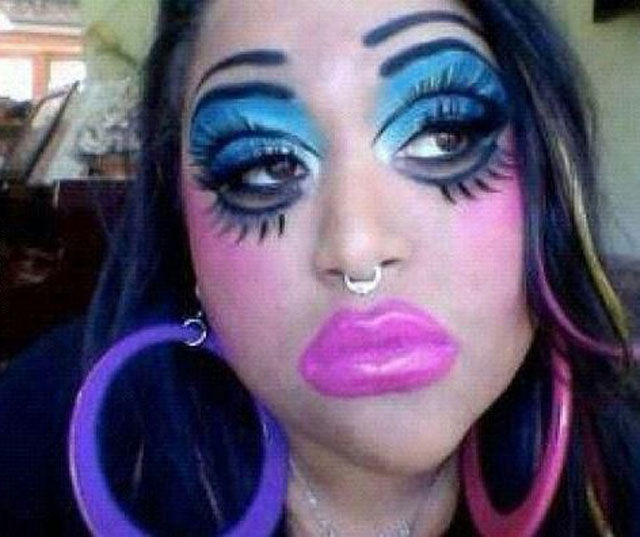 too much make up, fail, girl, wtf