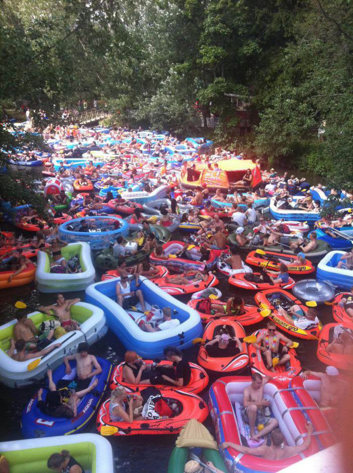 tube, raft, river, festival, float, crowd, wow