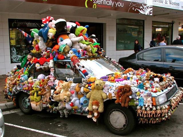 car, stuffed animals, wtf