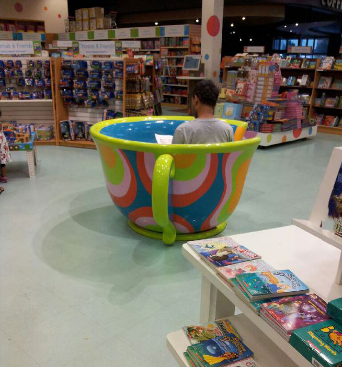 store, giant tea cup, reading, wtf