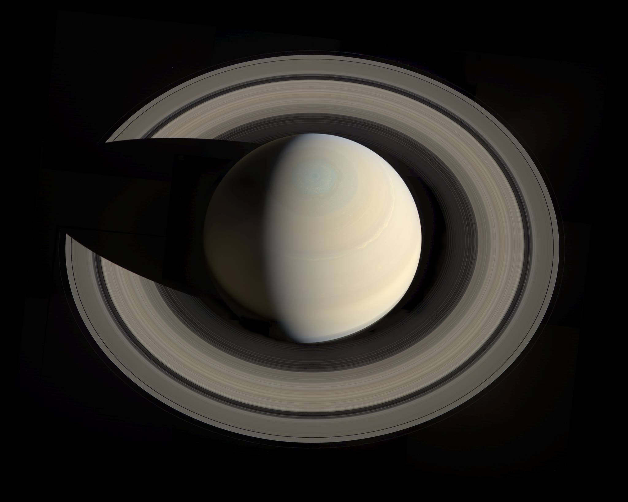 Actual Photo Actual Photo of Saturn Rings