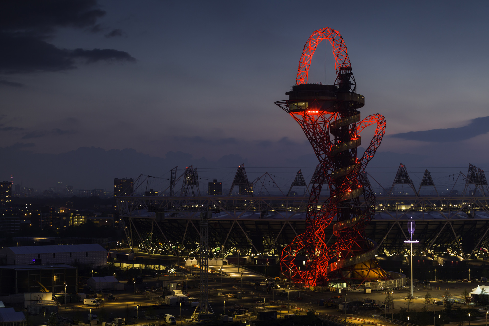 orbit by anish kapoor studio and cecil balmond, great britain, landmark, crazy architecture