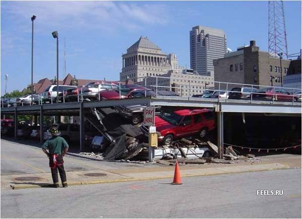 parking lot collapse, fail