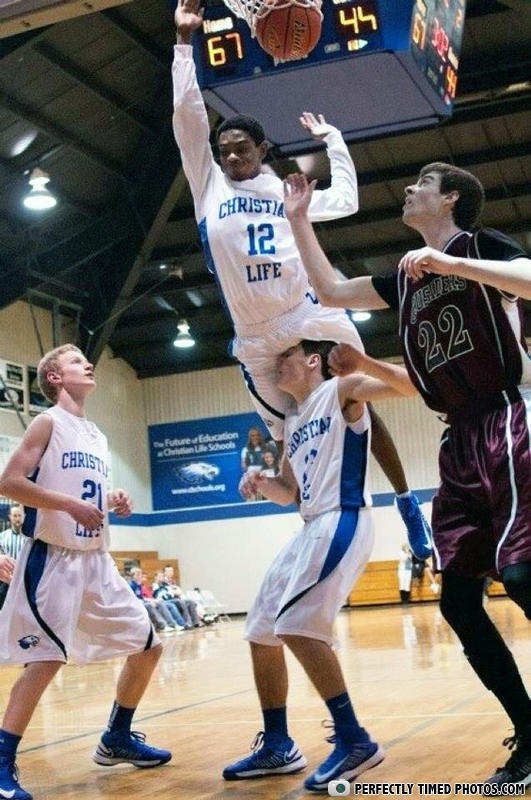 perfectly timed photos, basketball, unlucky team mate