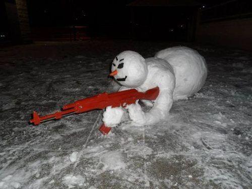frosty the sniper snow man
