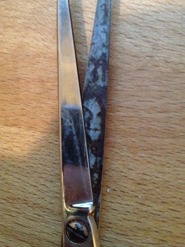 shitbrix, mindfuck, evil face in scissors