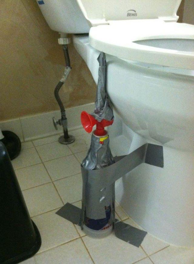 air horn toilet prank, troll