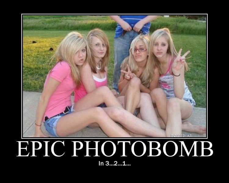 epic photobomb in 3...2...1..., motivation, dumb blonde girls