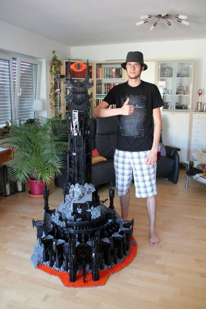 lego geek builds the eye of sauron, lord of the rings, lotr