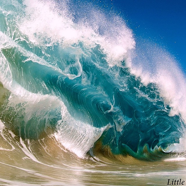 the most beautiful photographs of waves you'll ever see, clark little