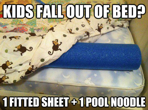 kids fall out of bed?, life hack, 1 fitted sheet and 1 styrofoam pool noodle
