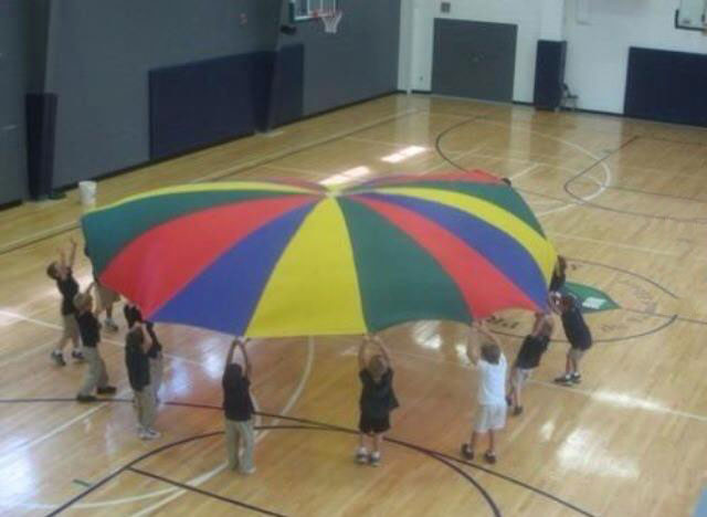 if you remember this your childhood was awesome, parachute game