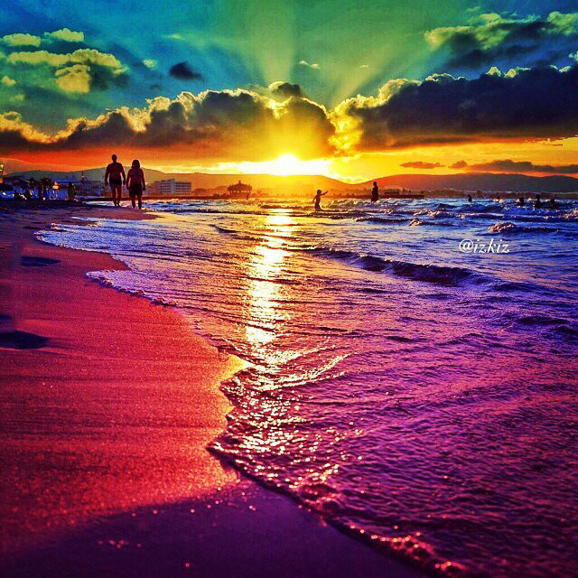 ridiculously colourful beach sunset, beautiful scenery