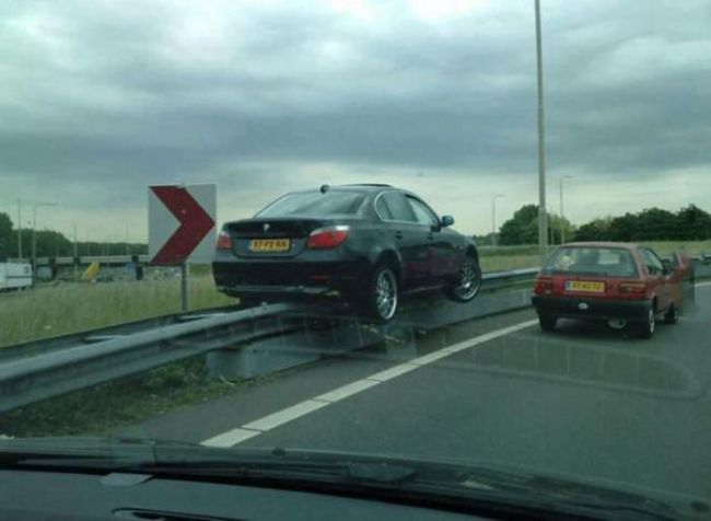 parking on the side of the highway like a boss, accident, fail