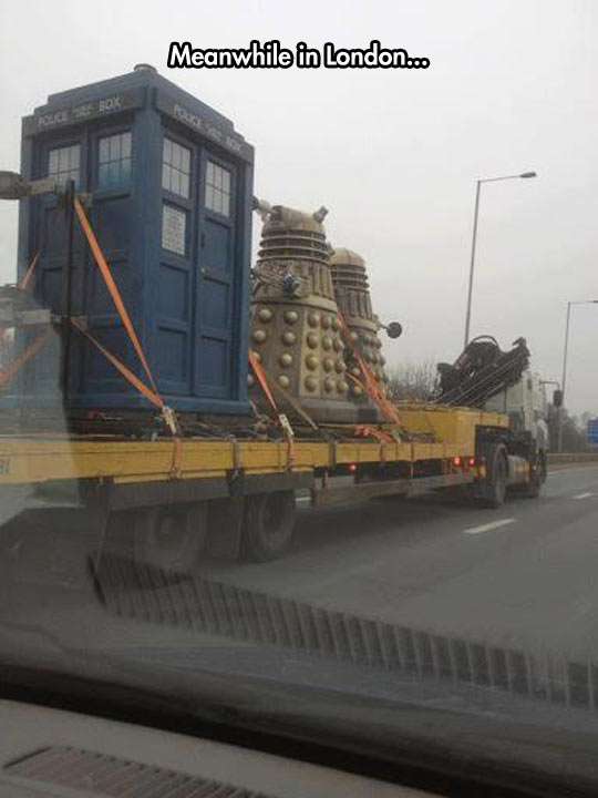meanwhile in london, daleks, dr who