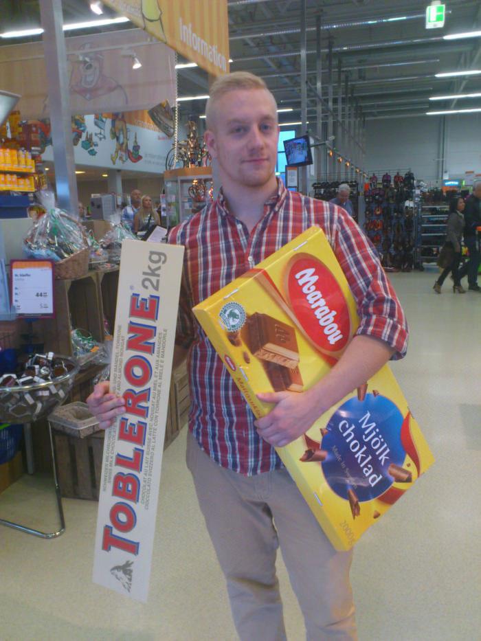 giant chocolate toblerone and milk chocolate, wtf