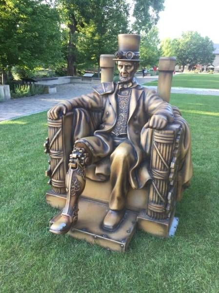sitting steampunk lincoln statue