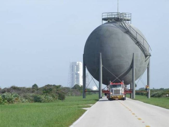 truck carrying gigantic spherical tank, wtf