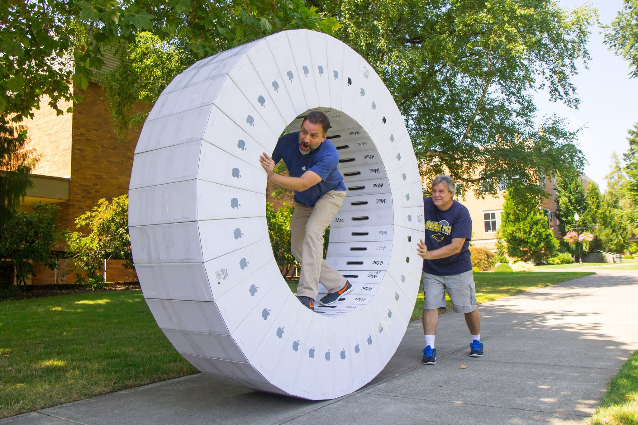 my school just got a ton of new imacs and this is what they did with the boxes