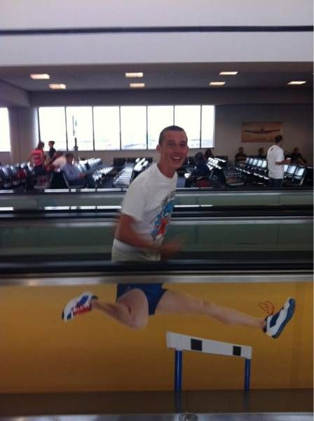 what it feels like on those horizontal walk ways in the airport