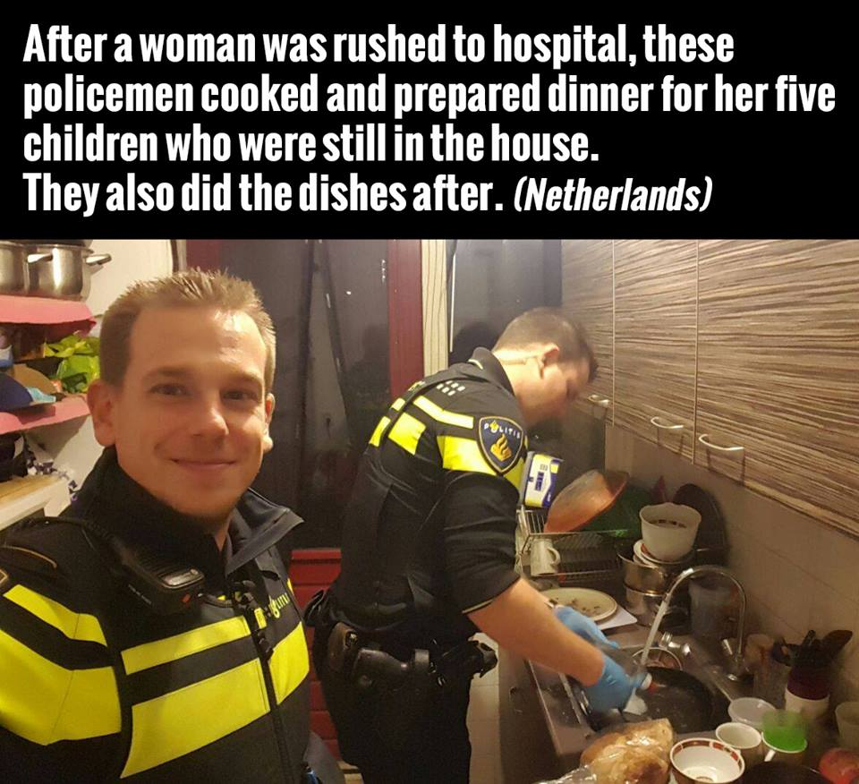 after a woman was rushed to the hospital, these policemen cooked and prepared dinner for her five children who were still in the house, they also did the dishes after, netherlands